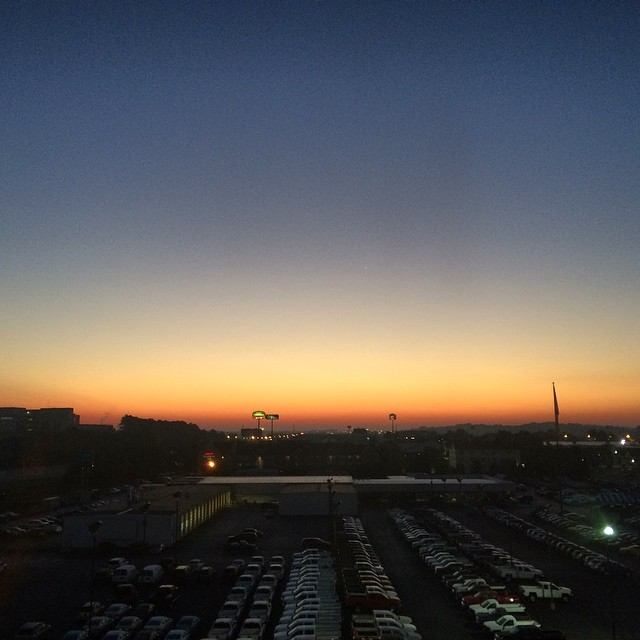 #sunrise in #Knoxville #Tennessee. #latergram #skyline #travel